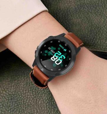 Smartwatch med brun rem